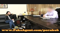 FakeAgent Amazing body amateur in casting