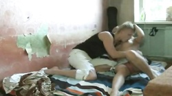 Sexy amateur teen couple having good homemade fucked