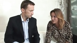 Business man blown by a hot milf
