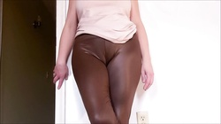 Spandex Angel - Camel toe worship