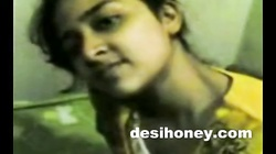Indian local girlfriend enjoy hardcore sex with boyfriend www.desihoney.com