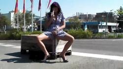 Milf pussy masturbation in the street in amateur public porn