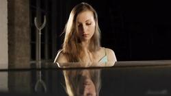 Ballerina Annett. Melody