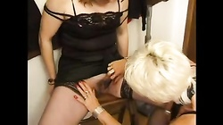 FRENCH MATURE 25 blonde anal mom milf