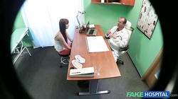 Glamour lass having hardcore sex with horny doctor
