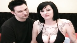 Sexy and busty emo babe in stocking plays with posistion 69