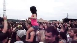 Hot Chick Flashing Crowd at Carolina Rebellion 2013
