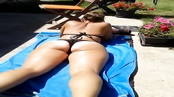 WIFE TEEN THONG BEACH ASS FLASH BLONDE