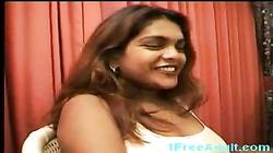Mature Indian housewife masturbating and fucking