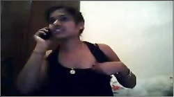 desi girl on cam with phone