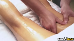BANGBROS - Perfect Massage With Black Babe Honey Gold on Brown Bunnies