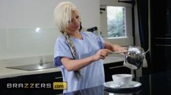 Brazzers - Busty nurse Barbie Sins likes sneaky sex